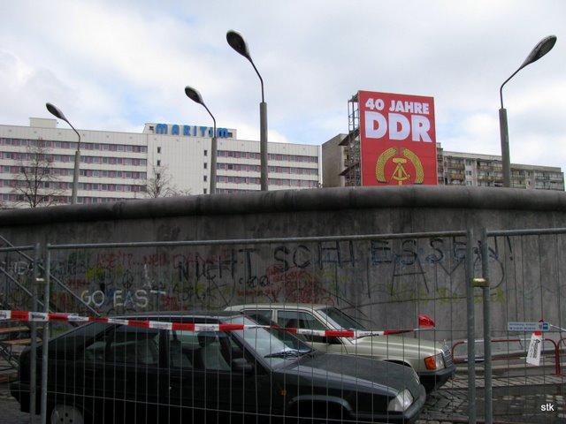2009-03-mauer-halle-14