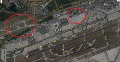 Links zu sehen: Neue Start- und Landebahn. Rechts: Terminal Z für den A380